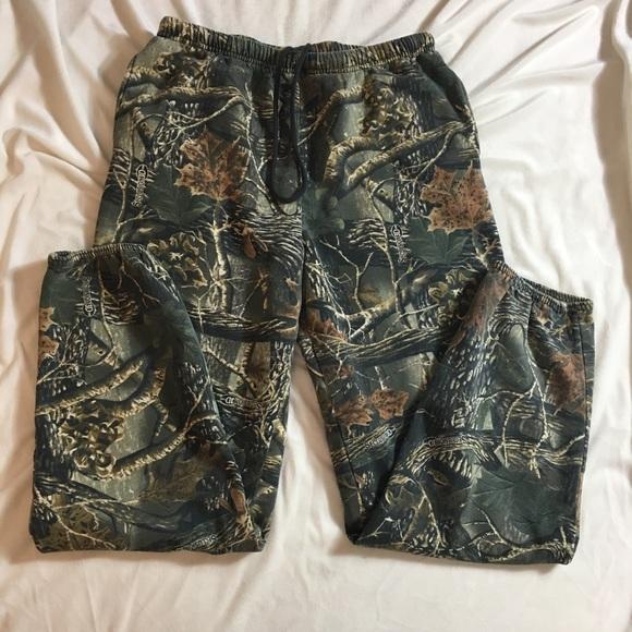 04448c1d95 Cabelas Other - Men s Camouflage Hunting sweatpants